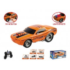 HOT WHEELS MUSCLE KING 1/16 con batteria ricaricabile